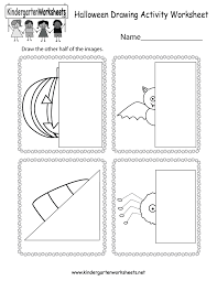 Halloween Kindergarten Worksheets Free   Halloween Worksheet likewise Juegos para halloween   Halloween   Pinterest   Halloween also 55 best Halloween images on Pinterest   Halloween activities moreover Halloween Spelling Worksheet   Free Kindergarten Holiday Worksheet likewise 110 best Kindergarten Worksheets images on Pinterest   Molde furthermore Free Printable Halloween Math Worksheets for Pre School and furthermore Halloween Activities  Halloween Math Games  Puzzles and Brain as well Halloween Kindergarten Worksheets Free   Halloween Worksheet further October Kindergarten Worksheets   Kindergarten worksheets also  additionally Picasa Web Albümleri   faaliyetler   Pinterest   Picasa. on web for halloween kindergarten worksheets