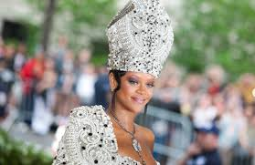 It's Official: Rihanna's <b>New Luxury Fashion</b> Brand Is Coming Soon ...