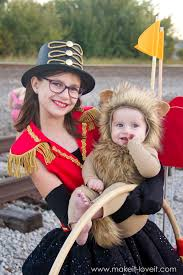 diy circus themed costumes lion tamer and lion
