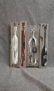 wine bottle painting pallet wall art decor red and white wine reclaimed wood distressed wine bottles handmade hand painted gift on wooden wine bottle wall art with wine bottle painting pallet wall art decor red and white wine