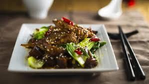 Ciri khas menu lezat dan legit ini paling nikmat menyantap menu resep beef teriyaki adalah dengan nasi putih panas dan salad. Resep Daging Teriyaki Ala Restoran Jepang Nikmat Disantap Di Rumah