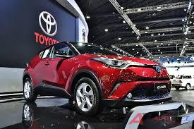 เจาะรถเด่น!! Toyota C-HR Crossover สไตล์คนเมือง…เคาะค่าตัวเริ่มต้น 979,000  บาท