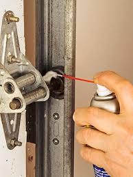 how to lubricate a garage doorHow To Oil Garage Door Rollers  Wageuzi