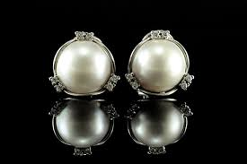 white gold earrings diamonds australian mabe pearls of 15 mm no reserve