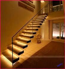 Finde jetzt kulinarische highlights in hamburg! Schwimmende Treppen Mit Led Beleuchtung Unter Der Kellertreppe Schwimmende Led Leuchten In 2020 Schwimm Treppe Treppe Kellerbeleuchtung