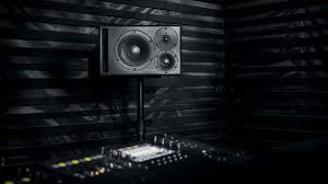 <b>Dynaudio Core</b> 47 – 3-х полосные <b>студийные мониторы</b> с DSP ...