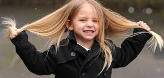 أفضل زيت شعر للأطفال في عمر السنتين موضوع