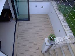 Contemporary-balcony-deck-by- Q-Deck-Twinson-composite-