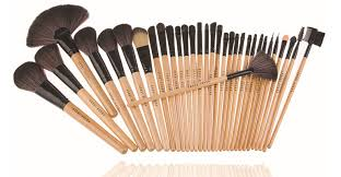 bobbi brown brushes price. pack of 32 bobbi brown professional brushes in just rs.1,550 [free delivery nationwide] price k