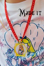 the polkadot chair birthday party crafts necklace