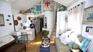 tiny house retirement community. they purchased the tiny house from an alabama company called lil\u0027 lodges. this specializes in construction and transportation of houses retirement community