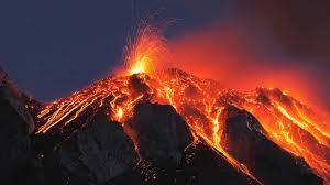 8 volcanes activos que debes visitar - Volcanic Travel