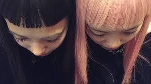 海外で活躍する日本人の女性にはなぜ黒髪パッツンが多いのか I D