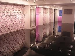 Beautiful Black Epoxy Flooring Floor Mirror Effect Learncoatings Throughout Design Decorating