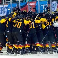 Wir bieten dir eine liste mit. Olympia 2018 Diese Deutschen Eishockey Helden Haben Silber Geholt Kassel Huskies