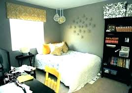 yellow bedroom decor grey and ideas decorating living room with pale walls
