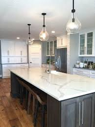 quartz countertops that look like marble stuns with its gorgeous white and striking veining transform your kitchen this stunning countertop looks carrara