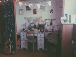 Delighful Grunge Bedroom Ideas Tumblr B In Models