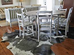 rug under round dining table sets