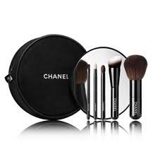 new chanel 5 essential mini makeup brushes set travel case mirror collection