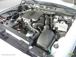 2011 Ford Crown Victoria LX 4.6 Liter SOHC 16-Valve Flex-Fuel V8 ...