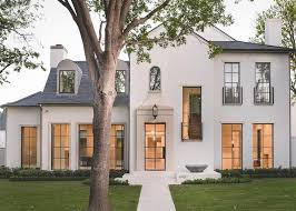 Stunning 40story White Stucco Modern Home Accented With A Gray Magnificent Exterior Homes Property