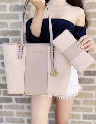 Designer Bags At Discount Prices Designer Bags Wallets And More At Amazing Discount