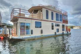 Houseboats In Seattle The Limbo 700000 Sold