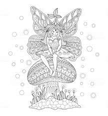 Hand Getekende Fairy Meisje Zittend Op De Paddenstoel Voor Volwassen