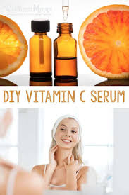 vitamin c serum helps support skin health by boosting collagen ion and the natural acids in