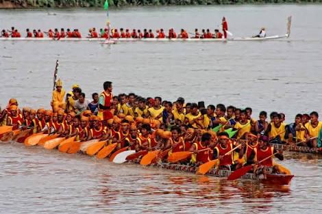 Berikut Juara Pacu Jalur Rayon 1 di Kuantan Hilir Seberang 2016