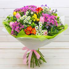Букет с тюльпанами купить он-лайн в интернет-магазине цветов ...