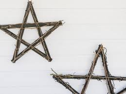 create a north star wall hanging with yardsticks