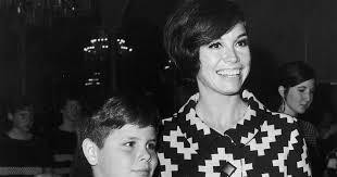 richard meeker jr.  Richard Mary Tyler Moore How Her Sonu0027s Death Impacted  PEOPLEcom U0027 Throughout Richard Meeker Jr T
