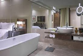 executive king or twin room with two way airport transfers club lounge benefits