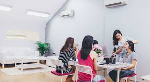 11 personal makeup cles in singapore you can attend some are free