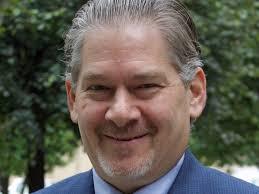 URA Executive Director Robert Rubinstein To Step Down | 90.5 WESA