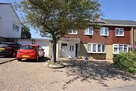 Wonderful 3 Bedroom Semi Detached House For Sale   Sparrows Herne, Basildon, Essex