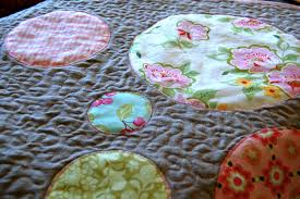 Circle Quilt Patterns Classy Comfort And Joy Circle Quilt Tutorial Blooming Poppies