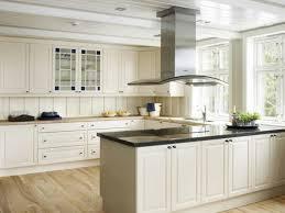 Legno Bianco Nero : Alla moda splendido cucina progettazione con bianco in legno