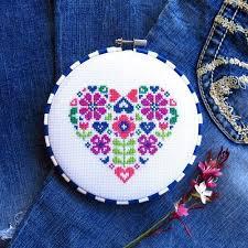 Amazon Com Flower Heart Cross Stitch Pattern Chart Only