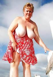 Wow Granny Looks So Sexy In This Sun Dress Porn Photo Pics