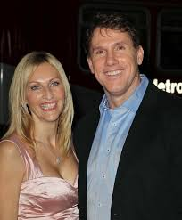 the notebook author nicholas sparks wife cathy split after  author of notebook nicholas sparks wife cathy divorcing