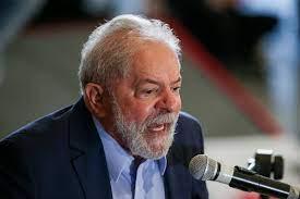 PT revela 'perplexidade' com Fux por julgamento contra Lula no STF