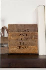 diy wood signs would be cute as a coaster inredning