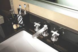 california faucets adds cross handle design to its rincon bay collection