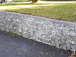 image of how to build cinder block retaining wall