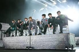 K Pop Stars Bts Win Mtv Ema Best Live Group And Fan Awards