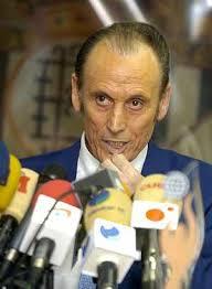 Manuel Ruiz de Lopera, durante la rueda de prensa en la que ha anunciado su - 1148584968_0