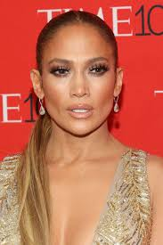 jennifer lopez s hair and makeup looks pictures of j lo s beauty transformation through the years